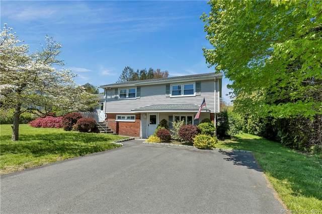 90 Colonese Road, Fairfield, CT 06825 (MLS #170294940) :: Carbutti & Co Realtors