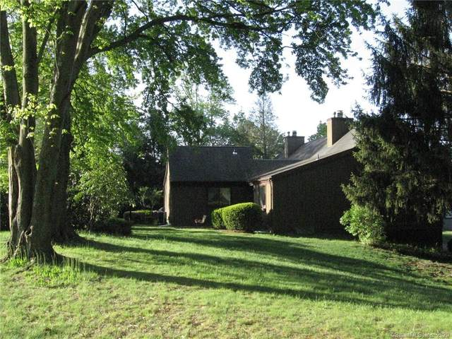 54 Blackhawk Lane A, Stratford, CT 06614 (MLS #170295905) :: Carbutti & Co Realtors