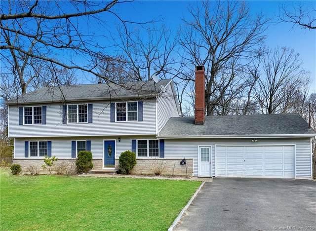15 Dogwood Drive, Shelton, CT 06484 (MLS #170296420) :: Michael & Associates Premium Properties | MAPP TEAM