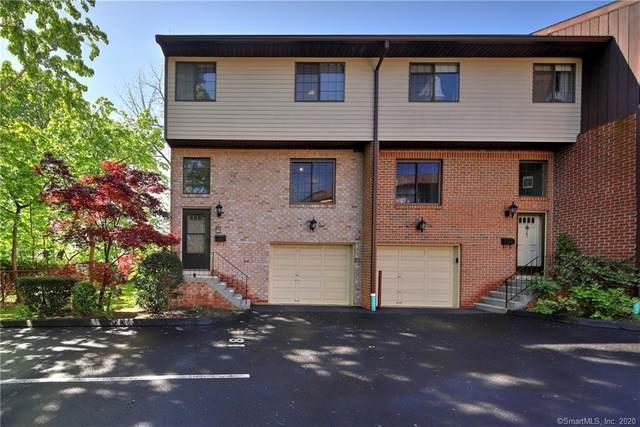 237 Strawberry Hill Avenue #18, Stamford, CT 06902 (MLS #170297426) :: Carbutti & Co Realtors