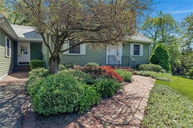 15 Mayfield Terrace, East Lyme, CT 06333 (MLS #170298358) :: Carbutti & Co Realtors