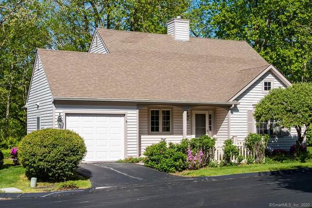 6 Honeysuckle Lane, East Lyme, CT 06357 (MLS #170298487) :: The Higgins Group - The CT Home Finder