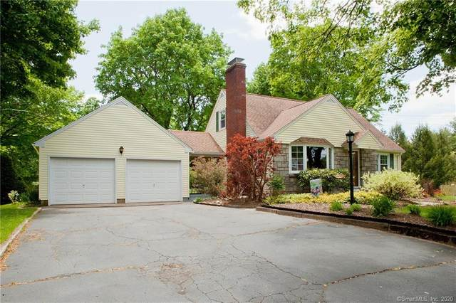 17 Day Road, Avon, CT 06001 (MLS #170298620) :: Hergenrother Realty Group Connecticut