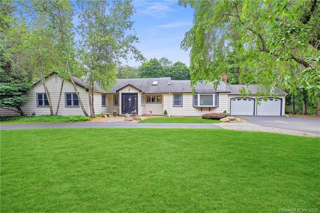11 Blueberry Hill Road, Weston, CT 06883 (MLS #170298725) :: The Higgins Group - The CT Home Finder
