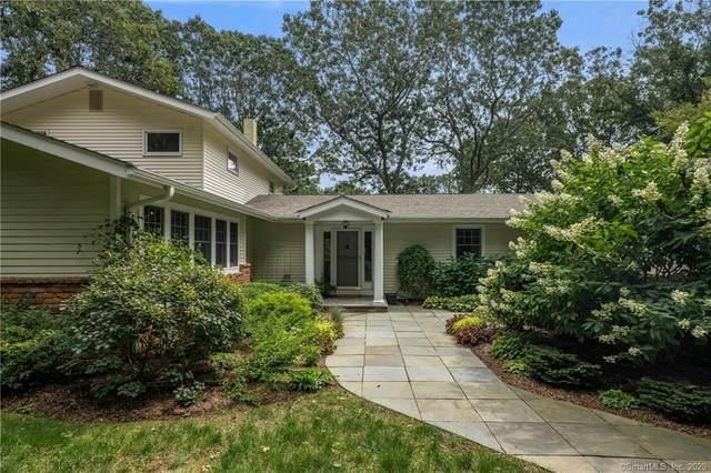 4 Harbor View, Essex, CT 06426 (MLS #170298929) :: Spectrum Real Estate Consultants