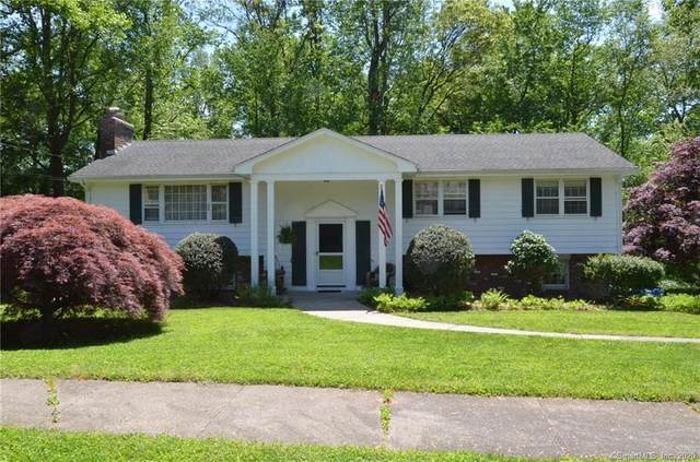 36 Forest Court S, Hamden, CT 06518 (MLS #170299146) :: Carbutti & Co Realtors