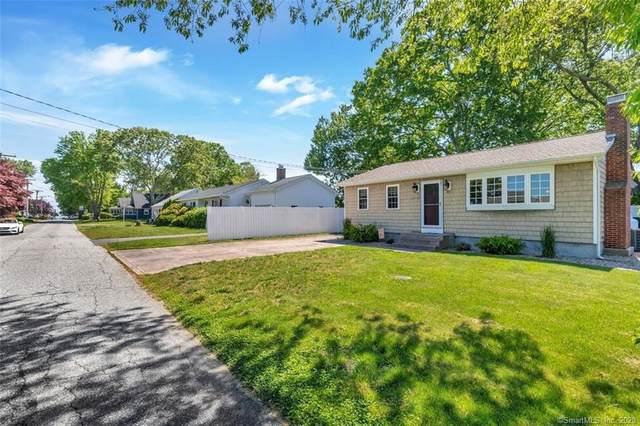 41 Hawks Nest Road, Old Lyme, CT 06371 (MLS #170299337) :: The Higgins Group - The CT Home Finder