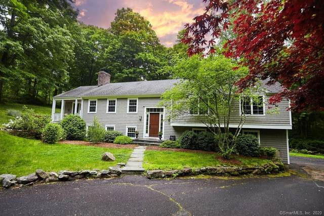 5 Edgewater Drive, Wilton, CT 06897 (MLS #170299383) :: The Higgins Group - The CT Home Finder