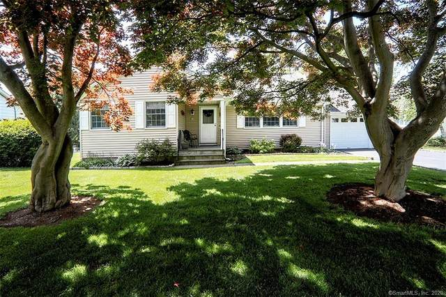 10 Woodcrest Road, Norwalk, CT 06851 (MLS #170299528) :: Michael & Associates Premium Properties | MAPP TEAM