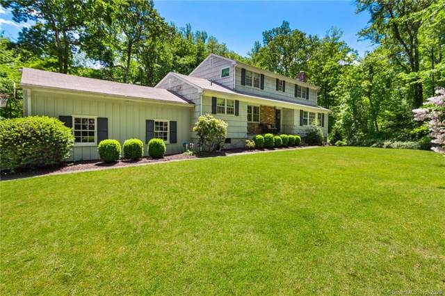 42 Fox Run Road, New Canaan, CT 06840 (MLS #170299726) :: The Higgins Group - The CT Home Finder