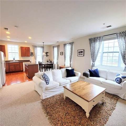 1 Rivington Way #205, Danbury, CT 06810 (MLS #170299819) :: The Higgins Group - The CT Home Finder
