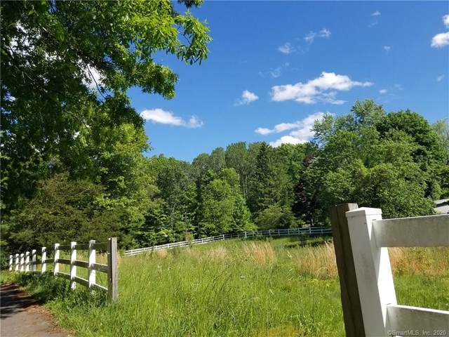 2C Middle Road Turnpike, Woodbury, CT 06798 (MLS #170299991) :: Mark Boyland Real Estate Team