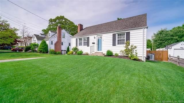 19 Chatham Drive, Norwalk, CT 06854 (MLS #170300018) :: Michael & Associates Premium Properties | MAPP TEAM