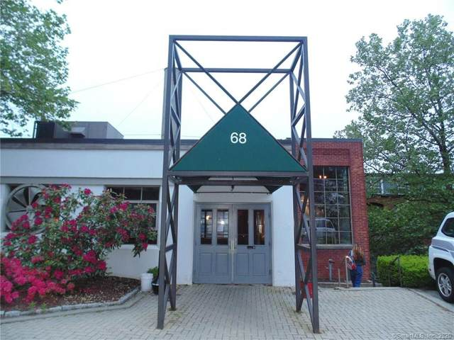 68 Thermos Avenue #212, Norwich, CT 06360 (MLS #170300255) :: GEN Next Real Estate