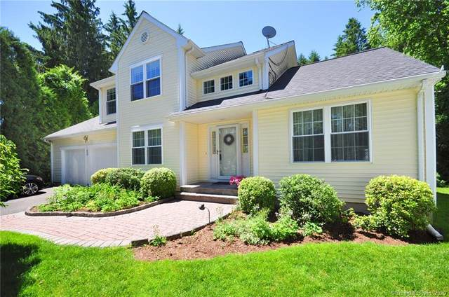 51 Country Club Lane, East Granby, CT 06026 (MLS #170300573) :: The Higgins Group - The CT Home Finder