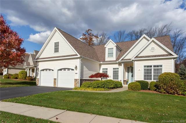 4 Chimney Hill Drive #4, Farmington, CT 06032 (MLS #170301099) :: Hergenrother Realty Group Connecticut