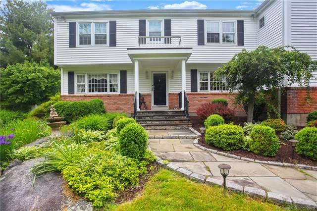 1084 Westover Road, Stamford, CT 06902 (MLS #170302263) :: The Higgins Group - The CT Home Finder