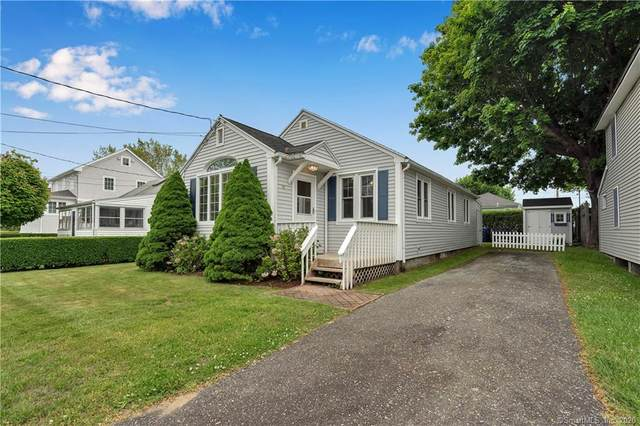 41 Gorton Avenue, Old Lyme, CT 06371 (MLS #170302481) :: The Higgins Group - The CT Home Finder