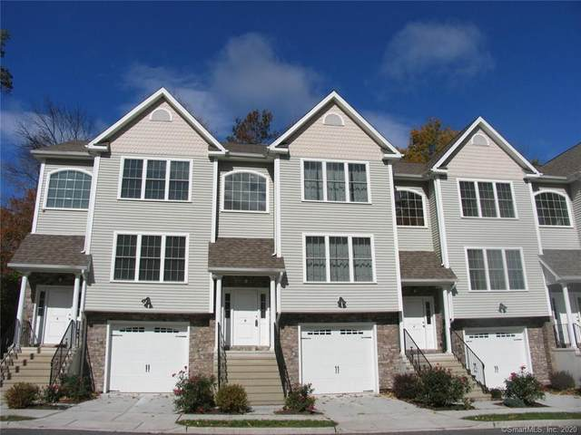 8 Oak Meadow Drive #8, Brookfield, CT 06804 (MLS #170307071) :: The Higgins Group - The CT Home Finder