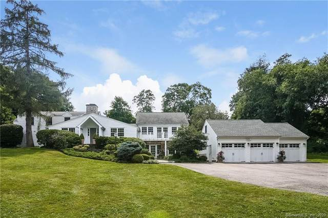 40 Hickory Drive, New Canaan, CT 06840 (MLS #170308032) :: Coldwell Banker Premiere Realtors