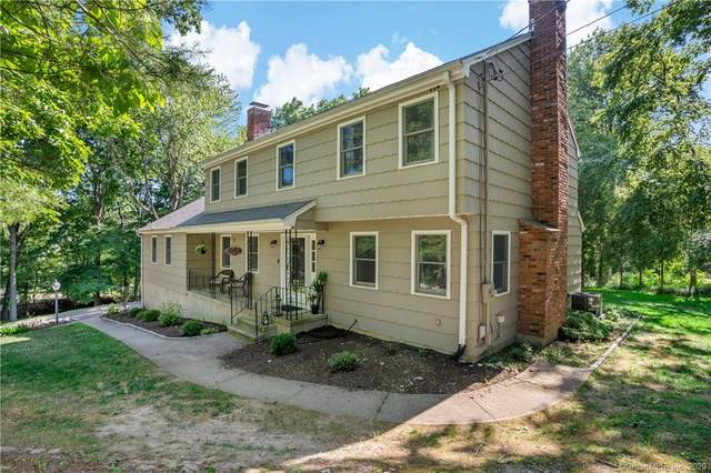4 Captains Watch, Shelton, CT 06484 (MLS #170309118) :: Michael & Associates Premium Properties | MAPP TEAM