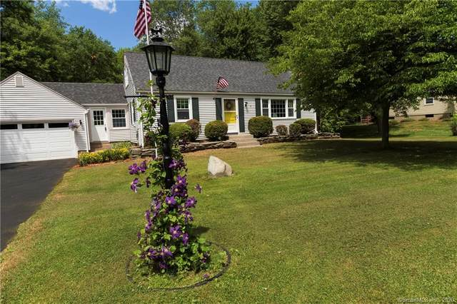 5 Heather Lane, East Granby, CT 06026 (MLS #170309135) :: The Higgins Group - The CT Home Finder