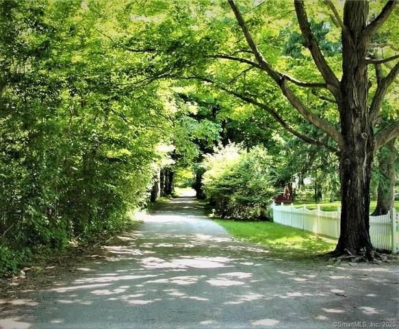 13 Mill Road, Essex, CT 06426 (MLS #170309571) :: Carbutti & Co Realtors