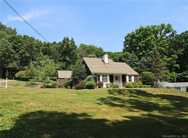 37 Sport Hill Parkway, Easton, CT 06612 (MLS #170309677) :: The Higgins Group - The CT Home Finder