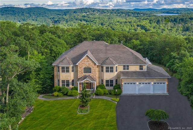 8 Red Fox Court, New Fairfield, CT 06812 (MLS #170310837) :: Kendall Group Real Estate   Keller Williams