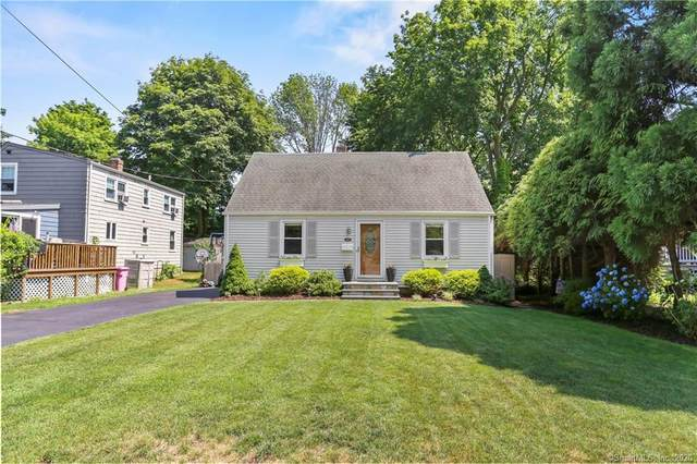 165 Old Spring Road, Fairfield, CT 06824 (MLS #170311025) :: The Higgins Group - The CT Home Finder
