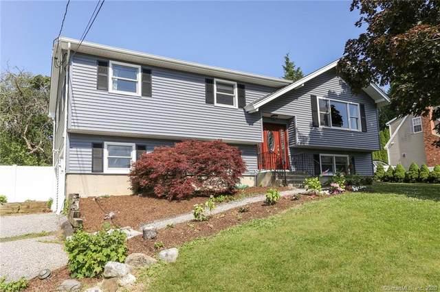 4 Curtis Avenue, New Fairfield, CT 06812 (MLS #170311453) :: Frank Schiavone with William Raveis Real Estate