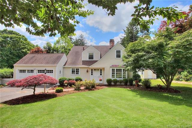 8 Sport Hill Parkway, Easton, CT 06612 (MLS #170311763) :: The Higgins Group - The CT Home Finder