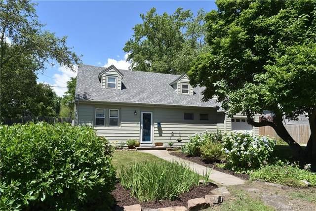 9 Mistuxet Avenue, Stonington, CT 06355 (MLS #170311884) :: Michael & Associates Premium Properties | MAPP TEAM