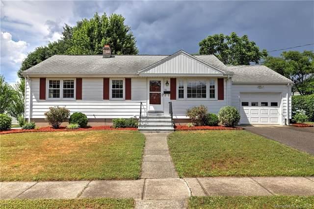 90 Douglas Street, Stratford, CT 06614 (MLS #170312331) :: The Higgins Group - The CT Home Finder