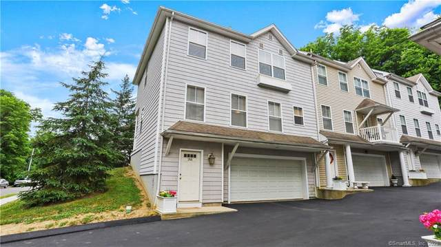 26 Benedict Avenue A, Danbury, CT 06810 (MLS #170312707) :: The Higgins Group - The CT Home Finder