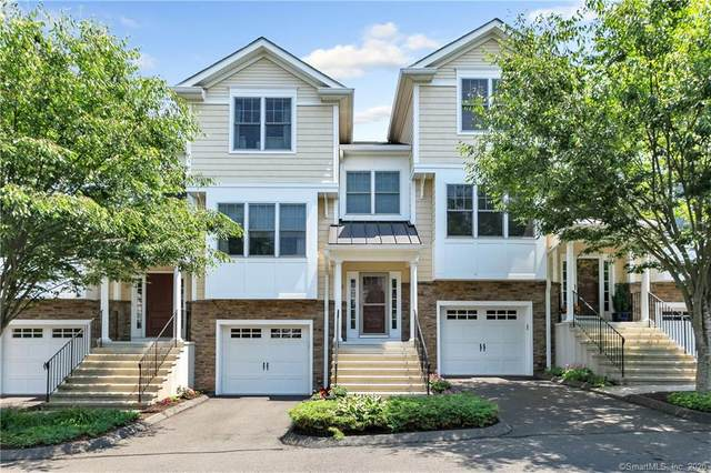 403 Woodland Hills Drive #403, Trumbull, CT 06611 (MLS #170312814) :: GEN Next Real Estate