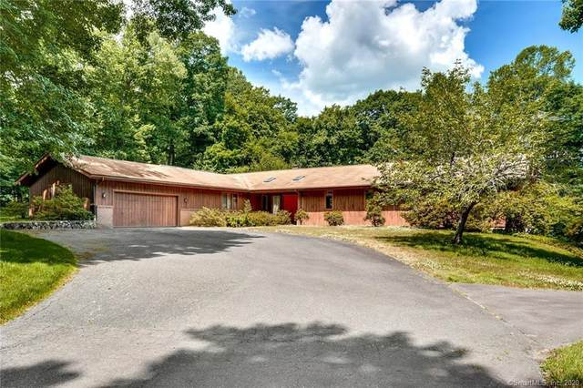 25 Wimbledon Lane, Easton, CT 06612 (MLS #170313119) :: Frank Schiavone with William Raveis Real Estate