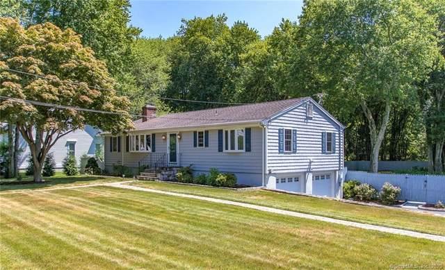 9 Lakeview Road, Westport, CT 06880 (MLS #170313152) :: Frank Schiavone with William Raveis Real Estate