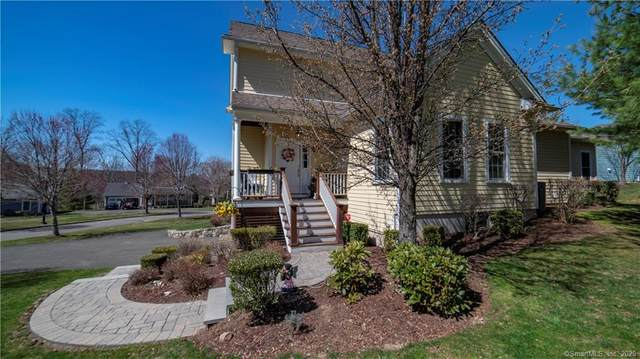 104 Periwinkle Drive #104, Middlebury, CT 06762 (MLS #170313341) :: Carbutti & Co Realtors