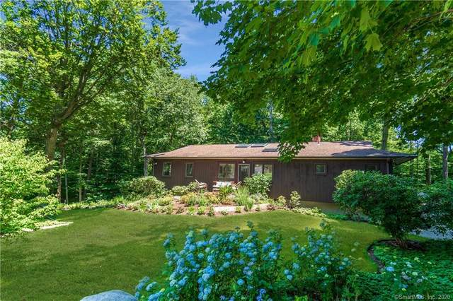789 Donna Drive, Orange, CT 06477 (MLS #170313395) :: The Higgins Group - The CT Home Finder