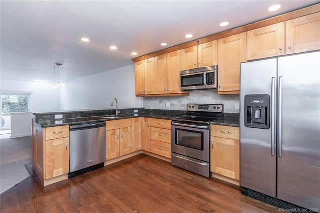 242 Tunxis Hill Cut Off #242, Fairfield, CT 06825 (MLS #170313617) :: Spectrum Real Estate Consultants