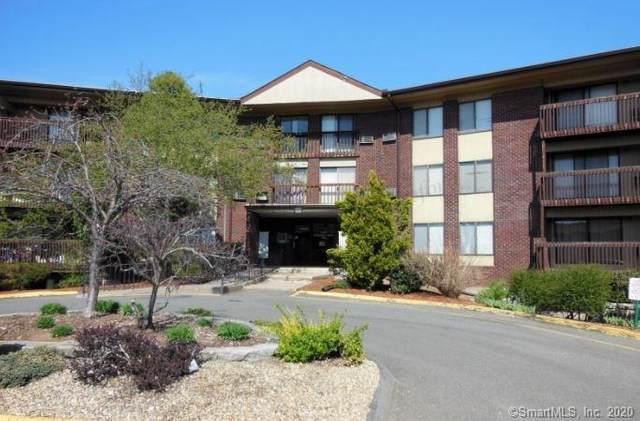 2220 Cromwell Hills Drive #2220, Cromwell, CT 06416 (MLS #170314531) :: Team Feola & Lanzante | Keller Williams Trumbull