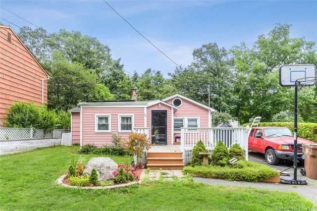28 Oronoque Trail, Shelton, CT 06484 (MLS #170315069) :: Michael & Associates Premium Properties | MAPP TEAM