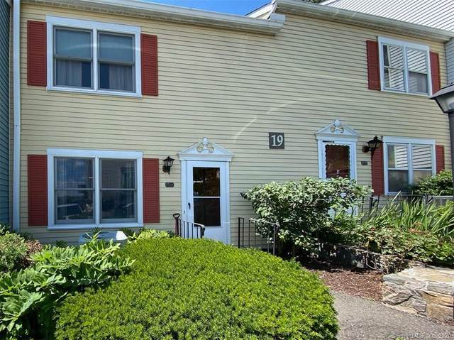 55 Mill Plain Road 19-4, Danbury, CT 06811 (MLS #170315577) :: Kendall Group Real Estate | Keller Williams