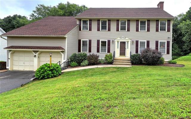34 Country Club Woods Circle, Waterbury, CT 06708 (MLS #170316058) :: Kendall Group Real Estate | Keller Williams