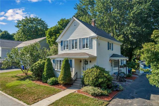 14 Broad View Court, Waterford, CT 06375 (MLS #170316074) :: Frank Schiavone with William Raveis Real Estate