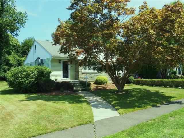 785 S Pine Creek Road, Fairfield, CT 06824 (MLS #170316170) :: Frank Schiavone with William Raveis Real Estate