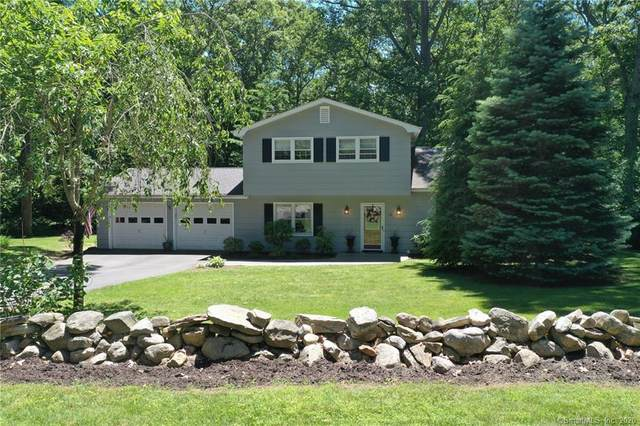 15 Nugget Hill Drive, Ledyard, CT 06335 (MLS #170316280) :: Frank Schiavone with William Raveis Real Estate