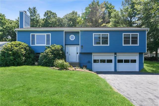 8 Botsford Lane, Newtown, CT 06470 (MLS #170316395) :: Frank Schiavone with William Raveis Real Estate