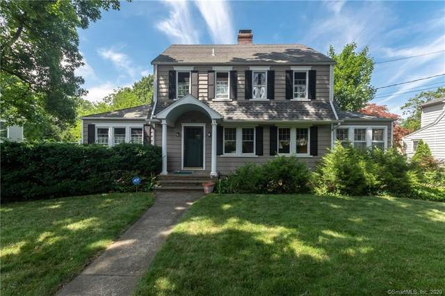 25 Park Place, Darien, CT 06820 (MLS #170317462) :: The Higgins Group - The CT Home Finder